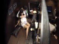 【エロ動画】 【アダルト動画】【ネカフェ隠撮動画】隣ブースとわずか1mの距離でイチャイチャからセックス始めるカップルを隠しカメラ撮りww