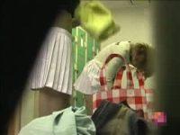 【エロ動画】 【アダルト動画】某女子大のテニスサークルの試着室に仕掛けられた隠しカメラ!!激カワな美ボイン学生の生乳を盗み見に成功!