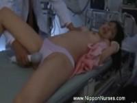 【エロ動画】 【アダルト動画】《無理やり犯す》『やめて〜』入院ロリータが手足の自由を奪われてキチガイ医者に電動エステサロン機責めされまくっちゃってますw