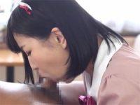 【エロ動画】 【アダルト動画】激カワお手伝いさん娘のノーハンドごっくんぺろぺろチオ