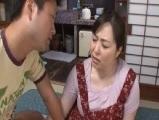【無料エロ動画】 【アダルト動画】かみさんが近くに居るのに義母に嵌めちゃう義愚息