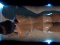 【エッチ動画】 【アダルト動画】【オイルエステ隠撮動画】海で日焼&#123相互フェラ;しすぎた肌にマッ&#124相互フェラ;ージする素人ギャルが店員を誘惑する瞬間…