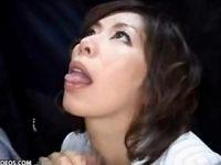 【翔田千里】 【アダルト動画】バス車内の中のプレイガールプレイで子種を搾り取る四十代中年女性の翔田千里