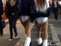【エッチ動画】 【アダルト動画】【風チラ隠撮動画】地下鉄の風が舞い上がってくる突風スポットで女子校生のパンチラを隠し撮りww