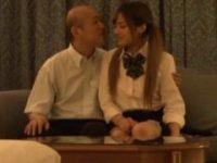 【H動画】 【アダルト動画】《円光》エロカワなハーフ顔GAL女子高生と禿ジジイがラブホテルテルへ入っていく♪長谷川モニカ