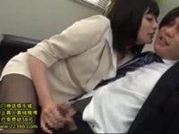 【青山未来】 【アダルト動画】年下の先輩女性スタッフが小悪魔ヤリマン女すぎる★ 青山未来