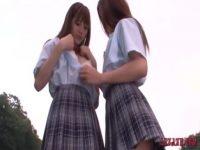 【エロ動画】 【アダルト動画】女子高生二人が屋上で濃密ビアンチューからの絡み合いでビアンプレイ★
