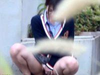 【アダルト動画】 【アダルト動画】【野ション隠撮動画】膀胱の限界突破…壁に隠れて野外オシッコする素人を隠し撮りした結果ww