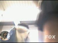 【エロ動画】 【アダルト動画】超絶技巧ミニスカなユニフォームユニフォームぎゃるの後をつけ、ミニスカの中身を逆さ撮りはみパン覗き見♪ウブなチャーミングパンティが素晴らしい。