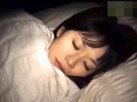 【エッチ動画】 【アダルト動画】《 覗き見ムービー 》ストーカーが女性宅に侵入!!寝てる女子をNTR襲うした激ヤバ問題映像。※拝読注意