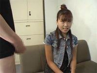 【無料エロ動画】 【アダルト動画】中々視線を合わさないドしろーと娘のシコシコ鑑賞