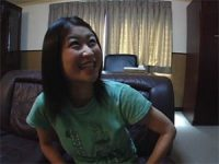 【H動画】 【アダルト動画】「今からG行為するから見て」ロリシロウト娘の目の前でシコシコw