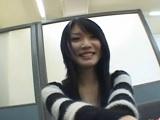 【H動画】 【アダルト動画】ニーハイソックスを履いた可愛らしい小娘の一人エッチ鑑賞