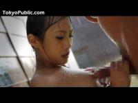 【H動画】 【アダルト動画】豪雨の中びしょ濡れになりながらチンコをしゃぶるおしゃぶりチオ既婚者