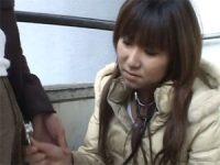 【アダルト動画】 【アダルト動画】嫌そうにマネー玉に聴診器を当てて診察するシロウト娘