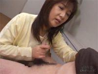 【エッチ動画】 【アダルト動画】優しい中年女性母の昇天手淫 岡江由美子