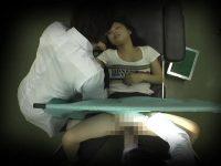 【エッチ動画】 【アダルト動画】産婦人科の検診にやって来た美女若奥様!!触診と称し手マンされ、ナマ中出し輪姦までされる姿をこっそり覗き見!!!