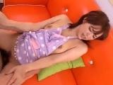 【無料エロ動画】 【アダルト動画】新婚の小町娘 幼な妻が裸エプロン姿でえろい既婚男性とH
