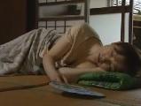 【H動画】 【アダルト動画】昼寝している義母に欲情してハメちゃう義坊っちゃん
