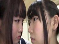 【エロ動画】 【アダルト動画】パイパンJCロリが好きな女の子を取られ本気のレズバトルに発展し強制クンニ