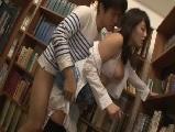 【H動画】 【アダルト動画】図書室で襲われて犯され感じまくる超感度良しな愛液御姉さん
