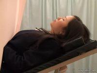 【H動画】 【アダルト動画】某病院に診察にやって来た制服制服ぎゃる!!触診と称し、爆乳を揉まれ手技されている嫌がらせ現場を盗み見!!