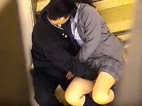 【アダルト動画】 【アダルト動画】【学校隠撮動画】校舎の階段で彼氏の性欲爆発ww女子校生の敏感なクリを刺激し続&#123相互オーラルセックス;た様子を同級生が隠し撮りww
