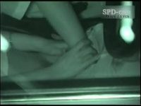 【エロ動画】 【アダルト動画】深夜の真っ暗な車内を狙いカーエッチカップルを赤外線盗み見★まんペロやおしゃぶりで愛情表現し合い、エレクトチンコをぶちこむ★
