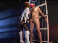 【アダルト動画】 【アダルト動画】「抑制 してね★」裸で変質者男を縛りスロー手淫で悪ふざけする小悪魔黒GAL