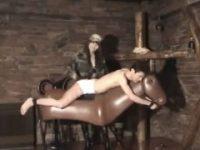 【エッチ動画】 【アダルト動画】ブリーフおじさんドS今時ギャルに鞭でシバかれ拷問器具で痛めつけられる・・・