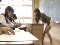 【雨宮琴】 【アダルト動画】欲求不満が仕事中も発動してしまうヤリマン教師が授業中に自慰★雨宮琴音
