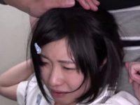 【アダルト動画】 【アダルト動画】【JCエロ動画】ショートカットロリがキモオタ2人にバックで挿入されながら口におちんちんぶち込まれ挟み撃ち