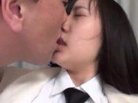 【エッチ動画】 【アダルト動画】【学生 ロリ動画】セックスの練習がしたいコスプレ風学生がナンパしてきたおじさんに付いていき犯される