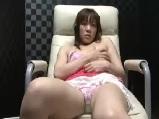 【アダルト動画】 【アダルト動画】個室ビデオBOXで自家発電 する女子を隠し撮り