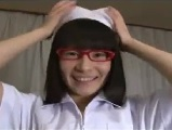 【H動画】 【アダルト動画】眼鏡を掛けた白衣の天使コスのおなごと着衣エッチ