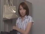 【H動画】 【アダルト動画】ボーイ生徒たちに犯され中だしされてしまう美教師