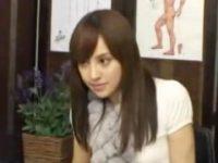 【無料エロ動画】 【アダルト動画】腰痛に悩んでいる美女にコシ振りエッチでわいせつする極悪サロン師