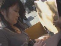 【H動画】 【アダルト動画】「変な感触する!」ちんぽここが入った箱の中身を当て手淫までしてくれたドしろーと今時ギャル!