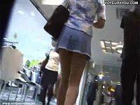 【アダルト動画】 【アダルト動画】超きれいな脚なミニスカぎゃるを狙い撃ち!!!後ろから近付き、逆さ撮りでモロパンを覗き見しまくり!!!