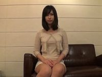 【エッチ動画】 【アダルト動画】26歳で落ち着いた雰囲気かもしだすドしろーとぎゃるがドキドキアダルトビデオ出演