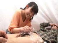 【エッチ動画】 【アダルト動画】ドしろーとお嬢さんがラップ1枚隔てておお義父さんさんのちんこをおしゃぶり抜き!