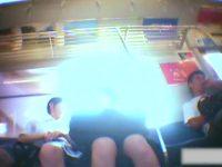 【H動画】 【アダルト動画】トレイン内でミニスカなユニフォーム学生を狙い、逆さ撮りではみパン隠し撮り!純白パンティが素晴らしい!!