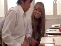 【相葉レイカ】 【アダルト動画】黒GALユニフォームGAL相葉レイカが授業中にクラスメイトにぶっかけするまで手淫♪♪♪