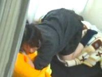 【アダルト動画】 【アダルト動画】【学生オナニー盗撮動画】クッションをクリトリスに当てながら激しく腰振りする女子校生のセルフピストンを隠し撮りww