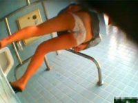 【エロ動画】 【アダルト動画】【WC覗き見movie】間一髪の毛間に合わず下着履いたまま糞尿しちゃう御姉さん達の失態を激撮。。。