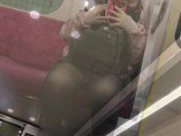 【アダルト動画】 【アダルト動画】列車内でミニスカな通学服学生を狙い、対面撮りや逆さ撮りでパンモロ覗き見しまくり★