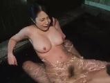 【H動画】 【アダルト動画】美しい系のきゃわたん奥様と露店浴室でH